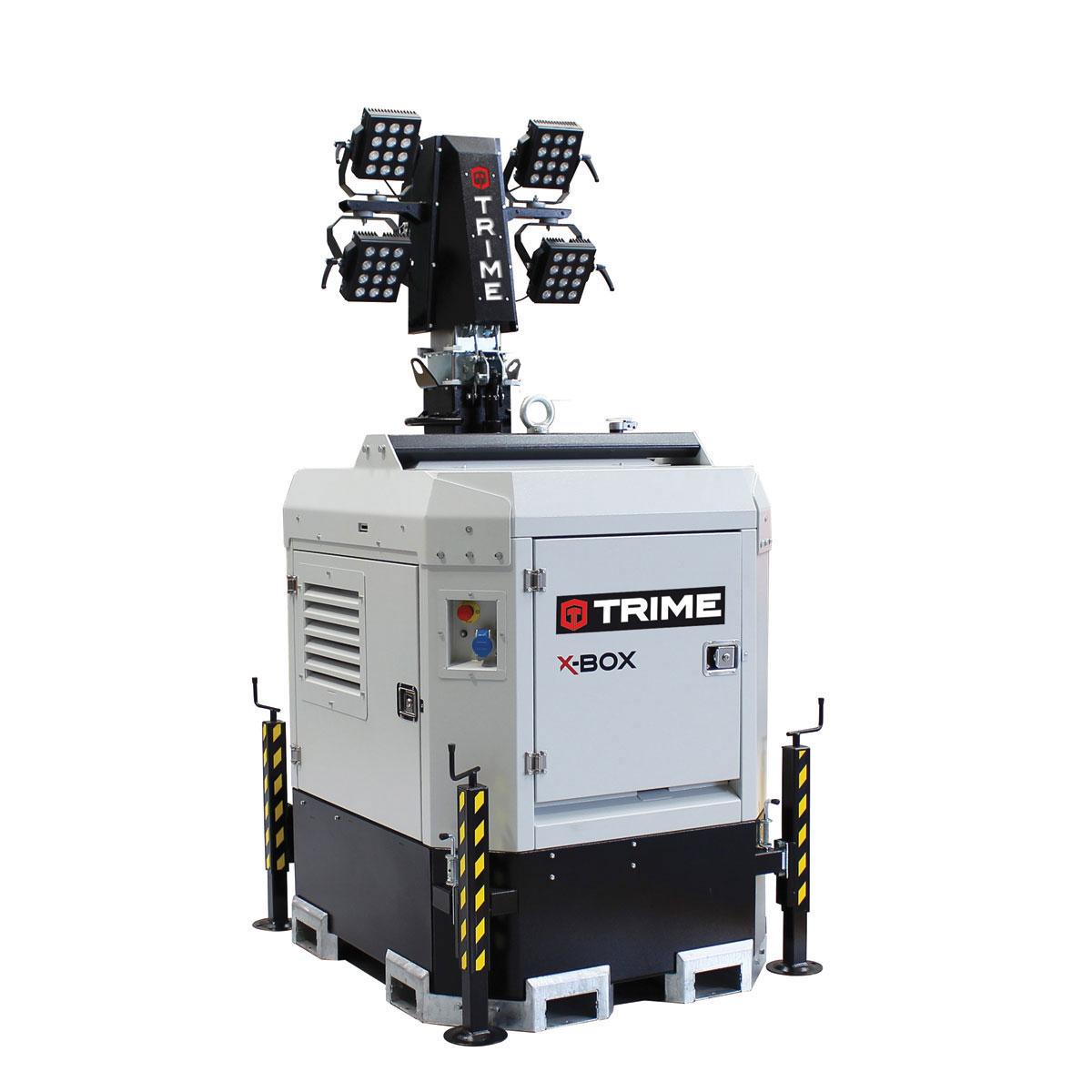 prozektoru-masts-led-x-box-4x150W-48V-salikta-pozicija