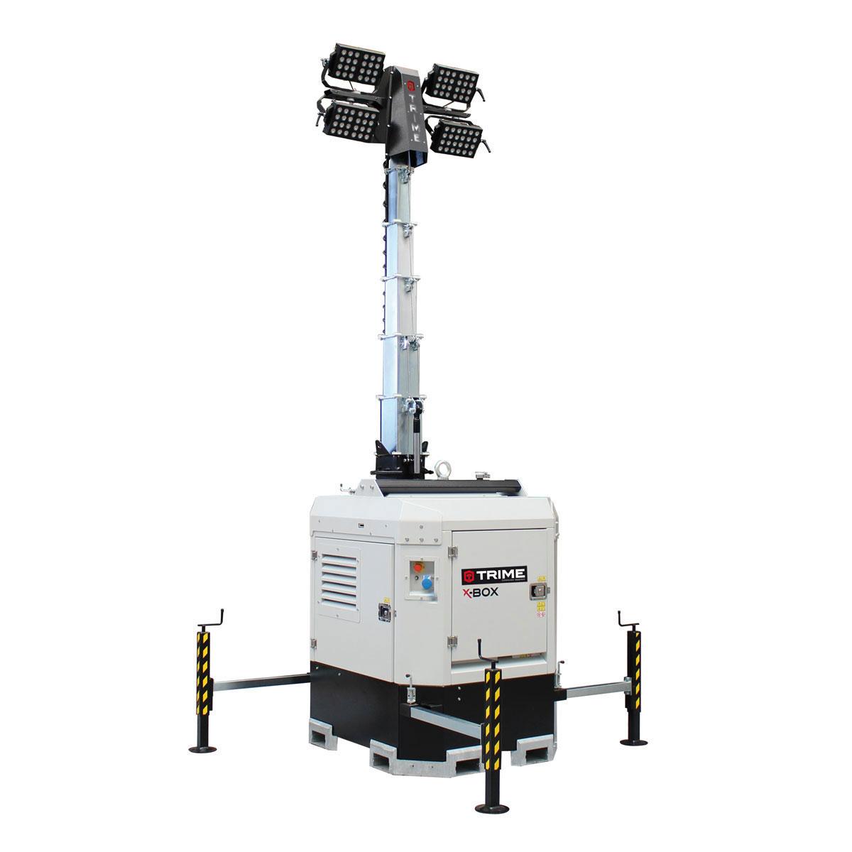 prozektoru-masts-led-x-box-4x300W-48V-atverta-pozicija