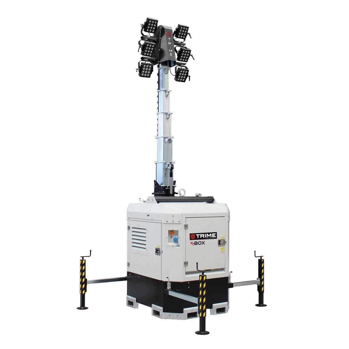 prozektoru-masts-led-x-box-6x150W-48V-atverta-pozicija