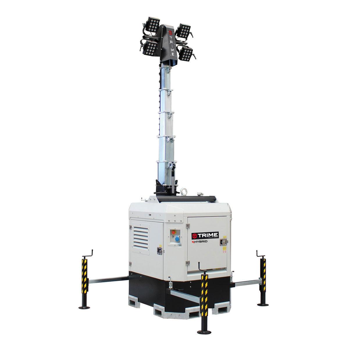prozektoru-masts-led-x-hybrid-4x150W-atverta-pozicija